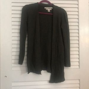 Extra fine olive green merino wool sweater